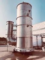 上海の工場で製造されたスクラバータワー